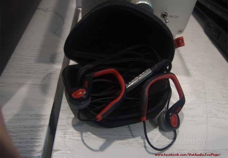 AKG K316, AKG akg k316, akg k316, vietaudio, tai nghe AKG K316, tai nghe, mua tai nghe, bán tai nghe, tai nghe chính hãng, tai nghe giá tốt, tai nghe không dây, tai nghe bluetooth, tai nghe cao cấp