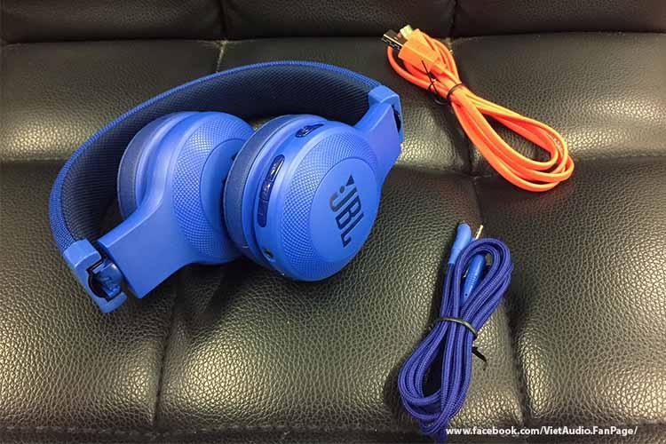 JBL E45BT, jbl e45bt, tai nghe JBL E45BT,tai nghe, mua tai nghe, bán tai nghe, tai nghe chính hãng, tai nghe giá tốt, tai nghe không dây, tai nghe bluetooth, tai nghe cao cấp