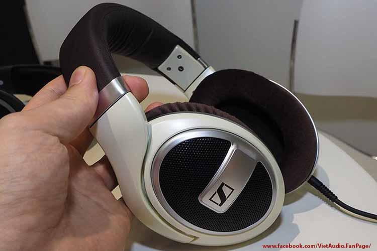 , Sennheiser HD599,sennheiser hd599, tai nghe sennheiser hd599, tai nghe, mua tai nghe, bán tai nghe, tai nghe chính hãng, tai nghe giá tốt, tai nghe không dây, tai nghe bluetooth, tai nghe cao cấp