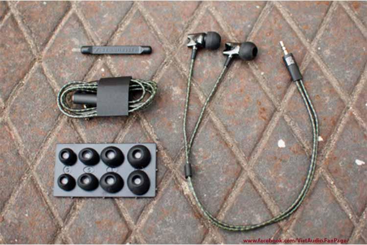 Sennheiser IE800, sennheiser ie800, tai nghe Sennheiser IE800,tai nghe, mua tai nghe, bán tai nghe, tai nghe chính hãng, tai nghe giá tốt, tai nghe không dây, tai nghe bluetooth, tai nghe cao cấp