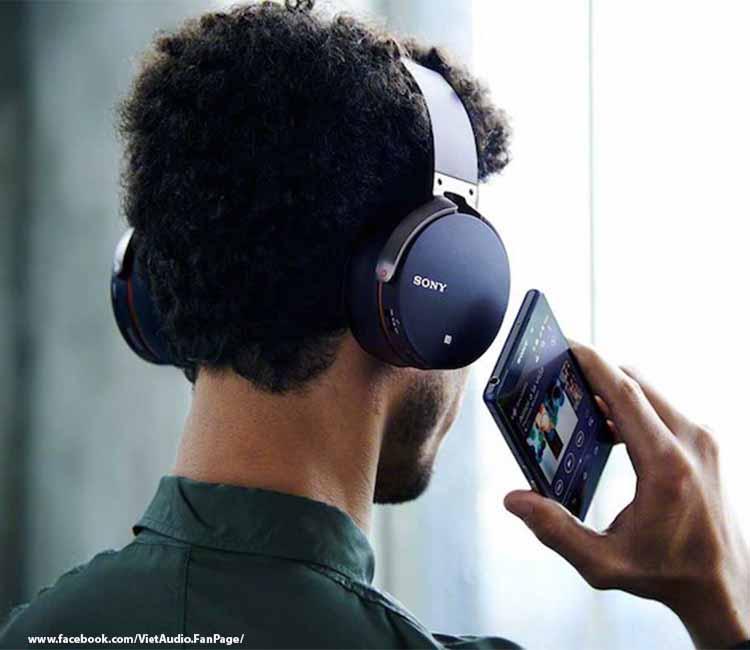 MDR XB950BT, mdr xb950bt, vietaudio, tai nghe MDR XB950BT, tai nghe, mua tai nghe, bán tai nghe, tai nghe chính hãng, tai nghe giá tốt, tai nghe không dây, tai nghe bluetooth, tai nghe cao cấp