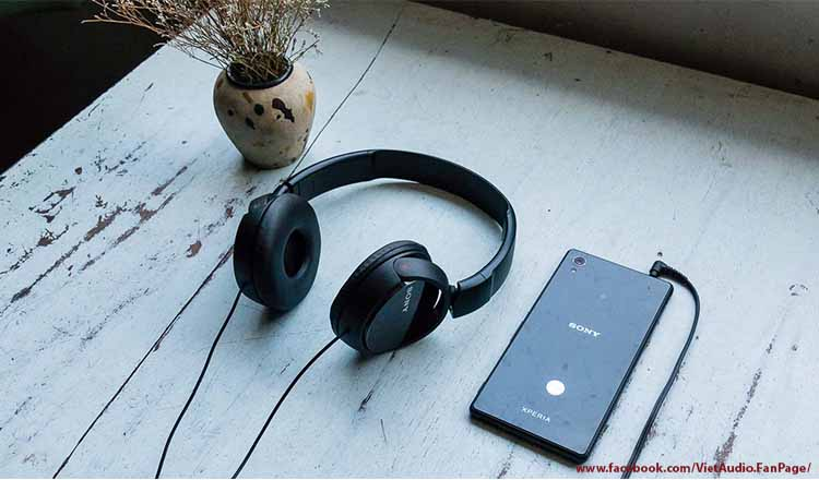 Sony MDR ZX110AP, MDR ZX110AP, Sony mdr zx110ap, mdr zx110ap, vietaudio, Tai nghe Sony MDR ZX110AP, tai nghe, mua tai nghe, bán tai nghe, tai nghe chính hãng, tai nghe giá tốt, tai nghe không dây, tai nghe bluetooth, tai nghe cao cấp